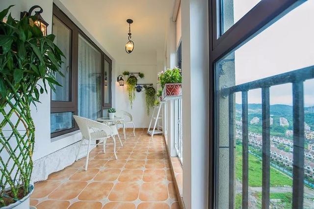阳台地面贴什么瓷砖好看 阳台瓷砖配色六种方案