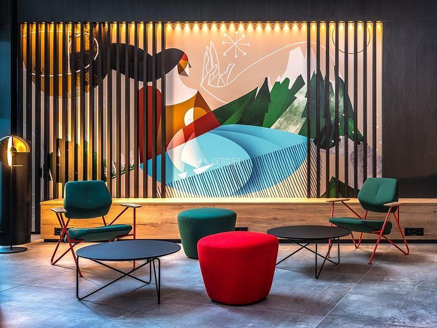 Radisson酒店之彩色家具布置效果图