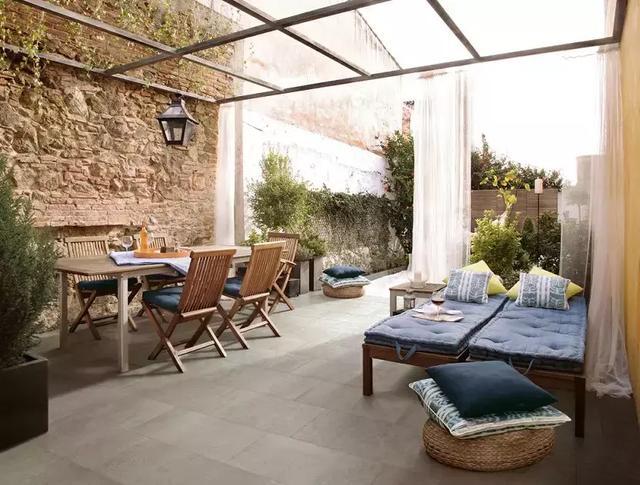 庭院地面铺什么好看 院子户外铺瓷砖效果超赞