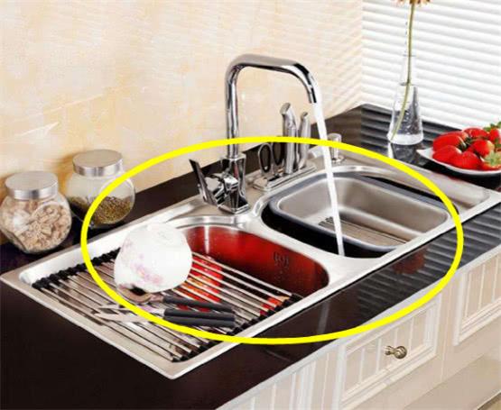 厨房水槽选不锈钢的好吗 有更多种材质的水槽供你选