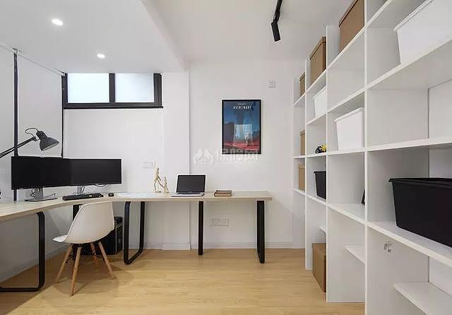 现代复式楼书房设计效果图
