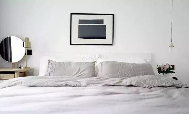 八十平米小户型主卧床头布置效果图