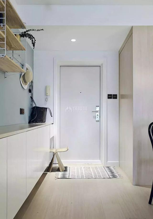 八十平米小户型玄关柜设计效果图