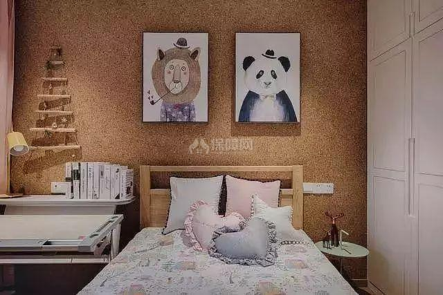 北欧复式儿童房床头装饰画