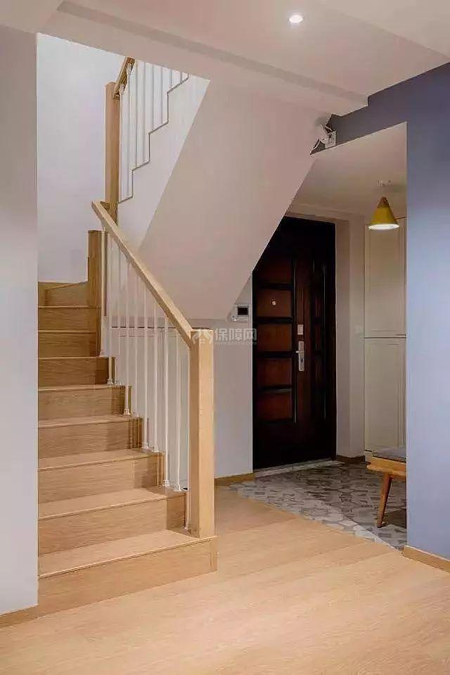 北欧复式楼梯设计效果图