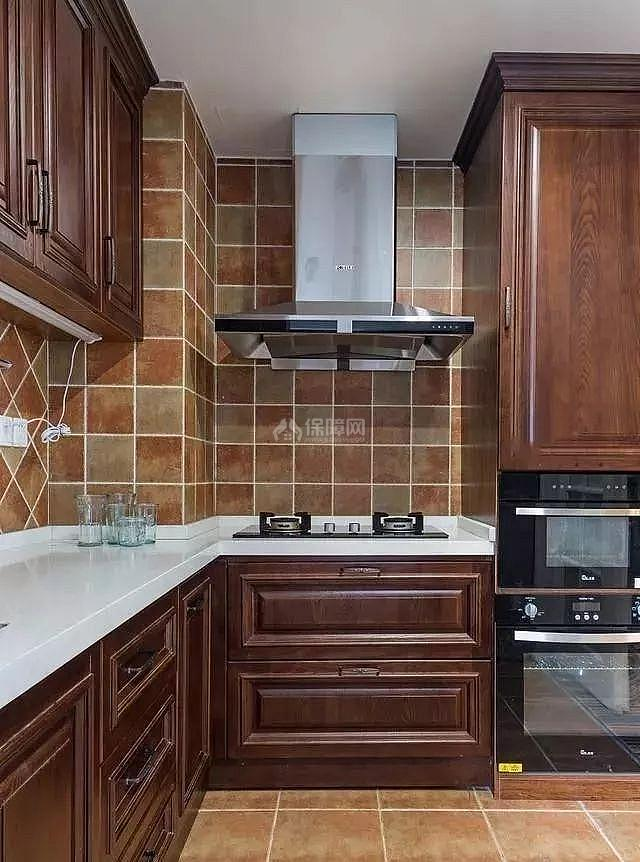 简美风格厨房装修效果图