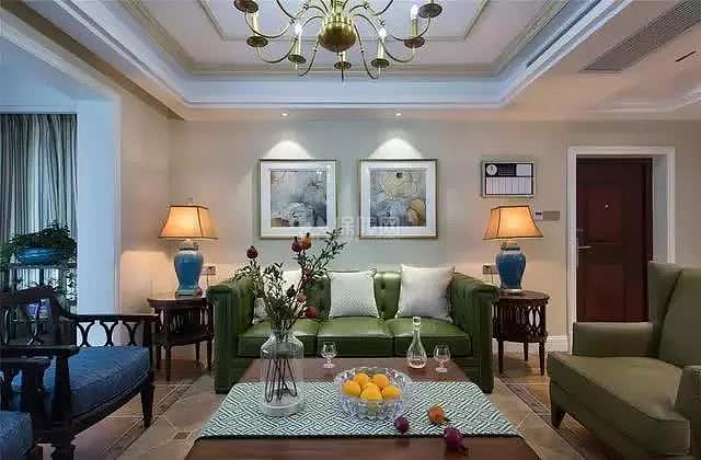 140㎡美式客厅沙发摆放效果图