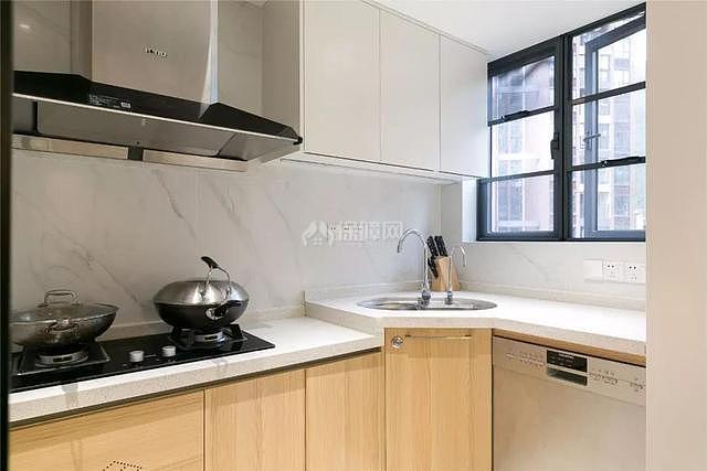 100平现代简约厨房设计效果图