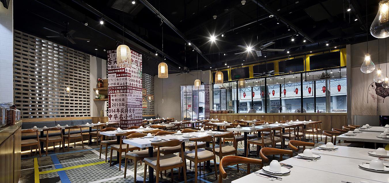 日日香鹅肉饭店大厅座位布置