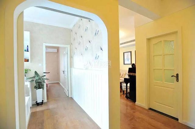 95平现代美式走廊设计效果图