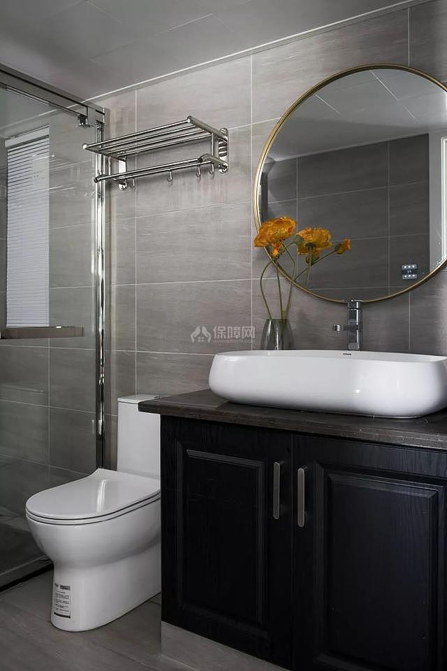 85㎡现代简约浴室装修效果图