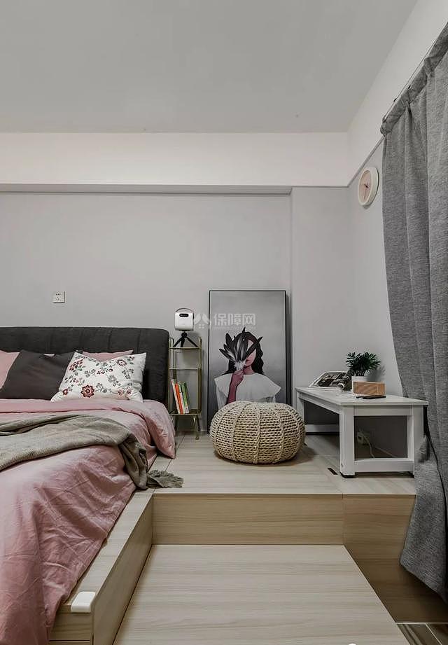 70平简约风卧室榻榻米地台设计效果图