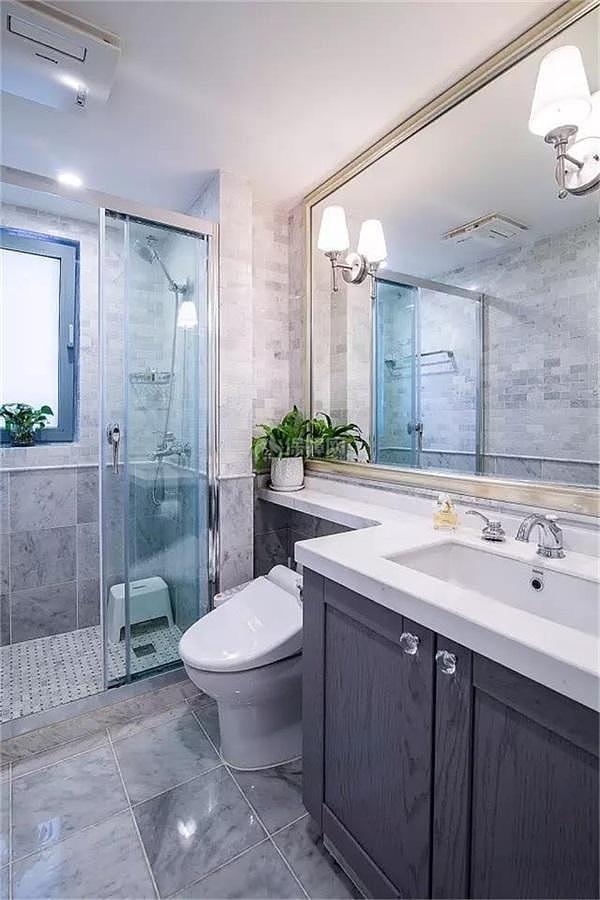 135㎡轻奢法式洗脸台镜子搭配效果图