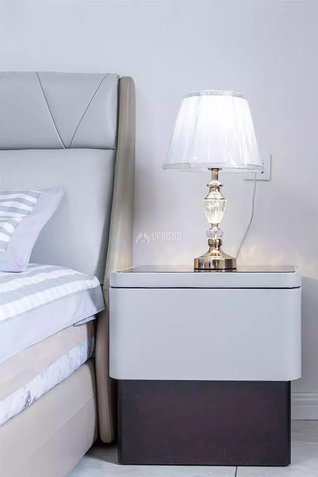 246平现代风卧室床细节图