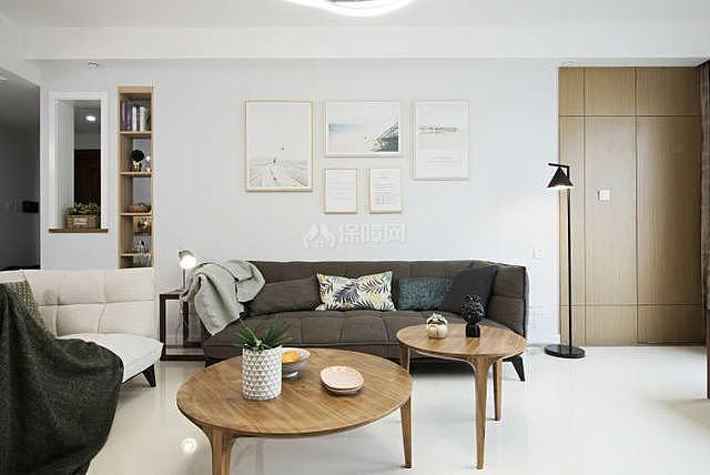 122平轻奢风沙发背景墙装修效果图