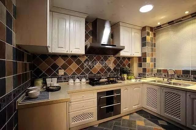 138平地中海风厨房装修效果图