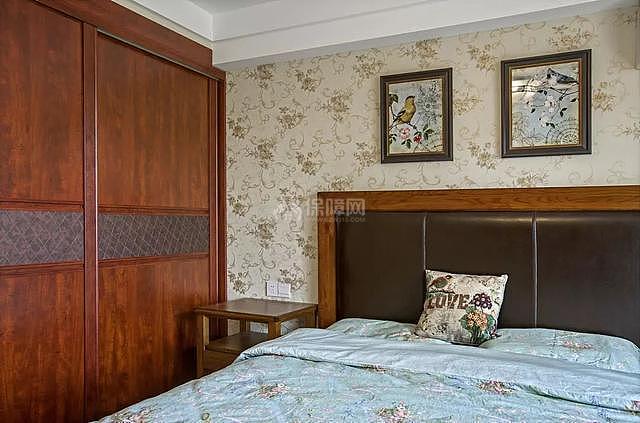 139平传统美式风老人房装修效果图