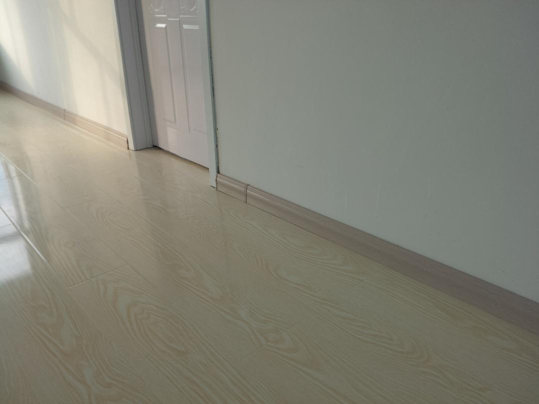 木质踢脚线施工工艺标准是什么_其他