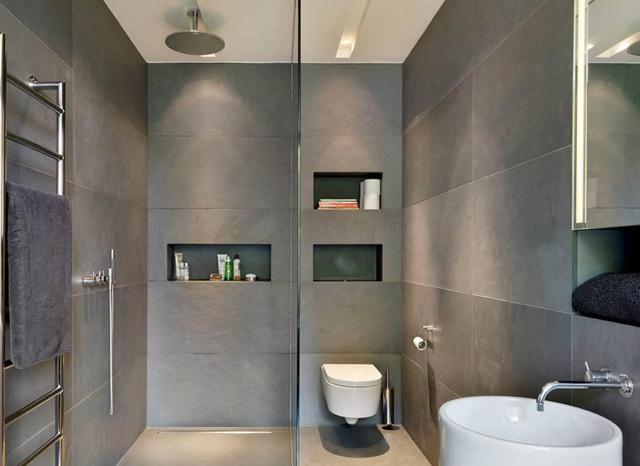 马桶位置受限 用墙体设计的壁挂式马桶代替