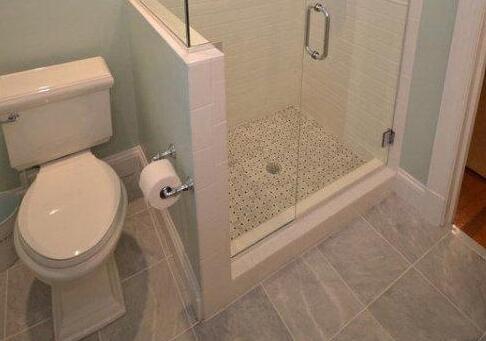 总是嫌家里卫生间太小 那是你没做隔断