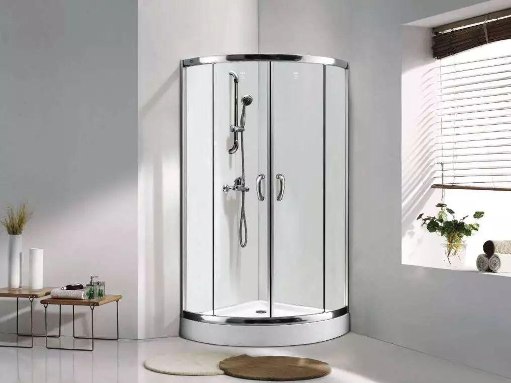 各种不同淋浴房设计的对比 哪种适合你家户型