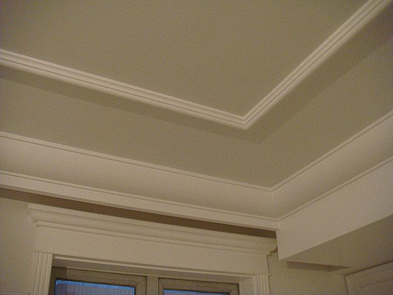 客厅做有造型的吊顶还是普通石膏线吊顶好