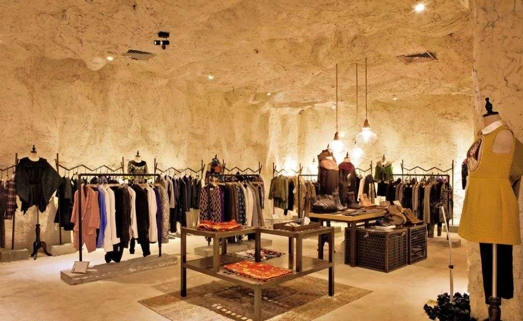 原始洞穴风格服装店效果图