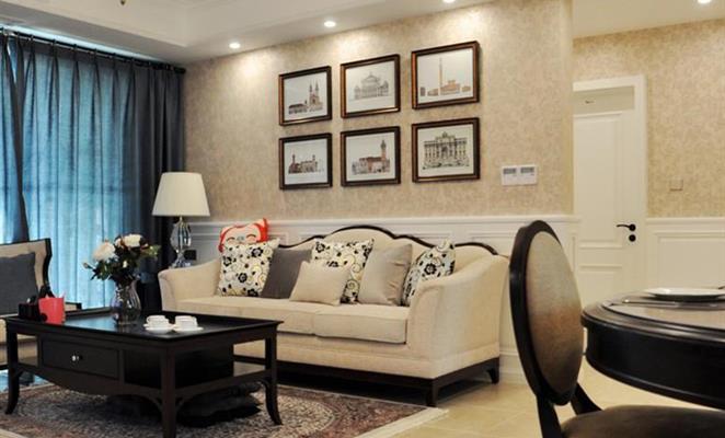 长江御园145平米简美风格客厅照片墙 客厅照片墙米色灯具靠垫 点赞 收图片