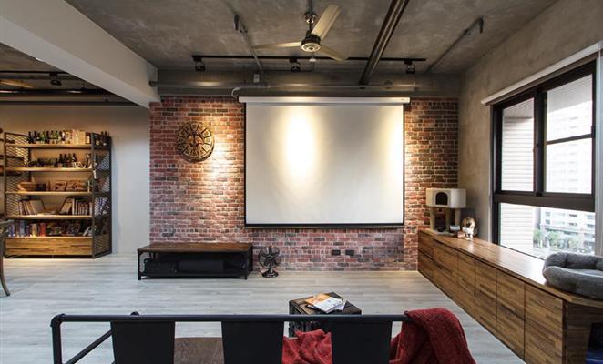 原木色)瓷砖工艺品 健身设备经过精密计算安装在结构体上,转角的大柱