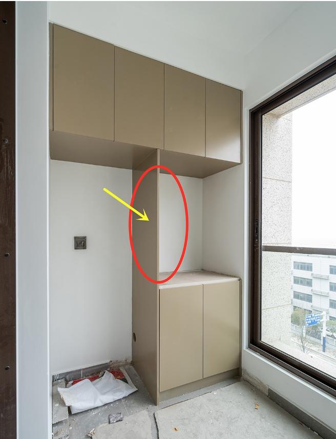 阳台的柜子怎么设计实用 这2cm挡板记得加上!