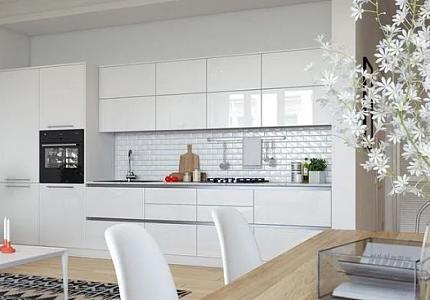 廚房墻面還在貼磚?看看人家貼的玻璃,30年如一新!還耐用